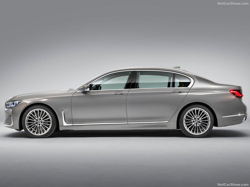 Новая BMW 7 2019 года
