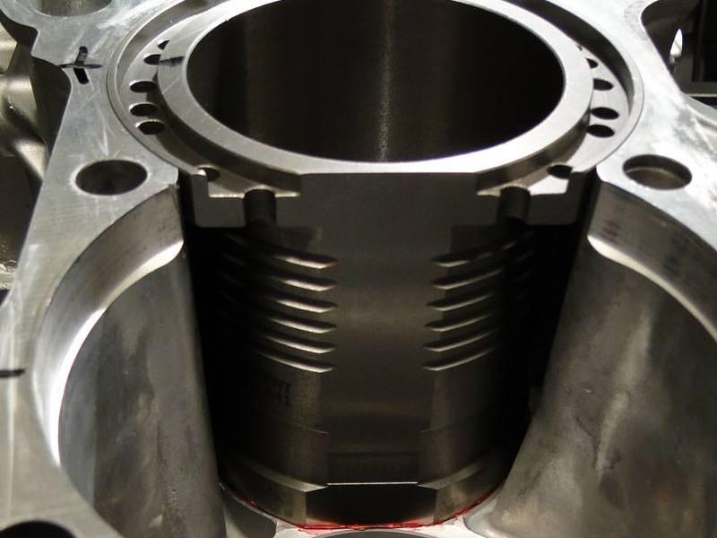 Гильзовка двигателя
