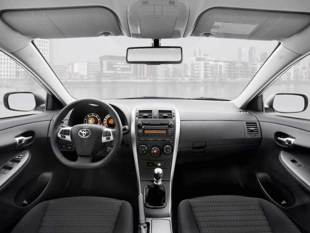 Toyota Corolla e150 e140 Корола